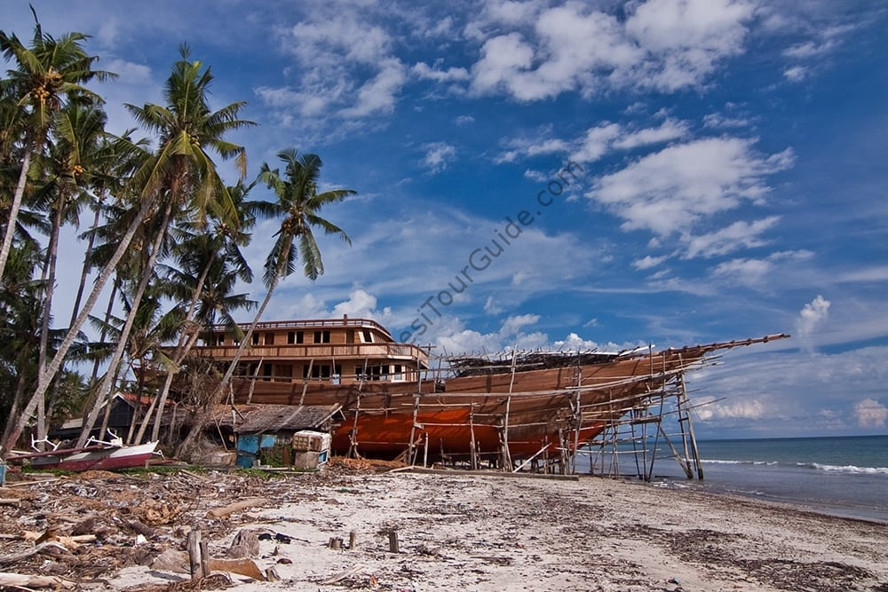 Phinisi Boat Construction at Tana Beru, Bira Beach